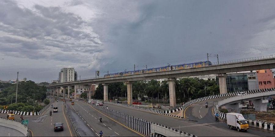 Kathipara, Chennai, Cloudy
