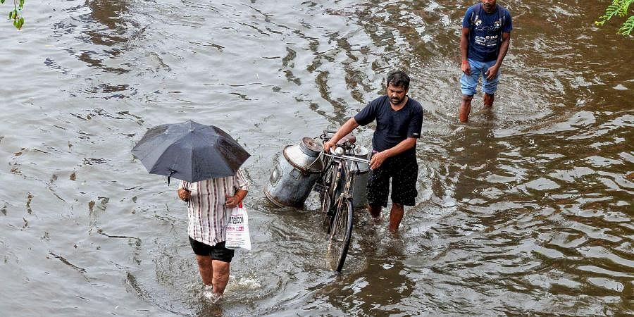 Heavy rainfall, floods, waterlogging