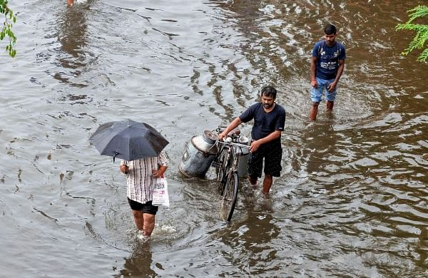Heavy rains lead to waterlogging in several parts of Mumbai