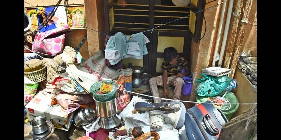 COVID19 and Homeless: 344 Chennai families forced to live on streets, thanks to slum board