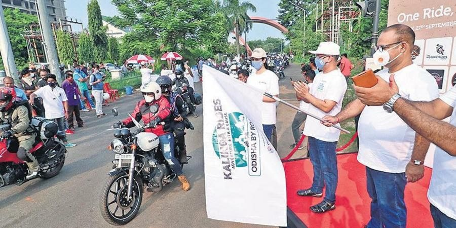 Tourism Minister Jyoti Prakash Panigrahi flagging off Kalinga Rides rally in Bhubaneswar on Sunday | Irfana