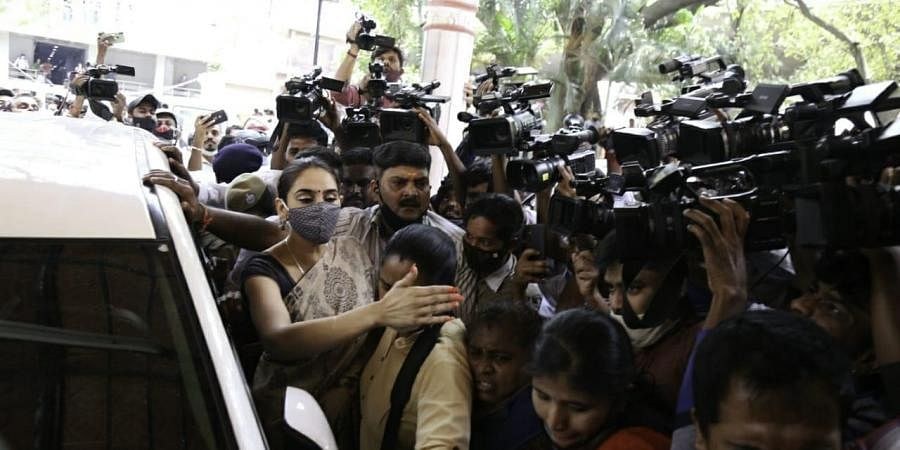 Kannada actress Ragini Dwivedi brought in for questioning at CCB in relation to the Sandalwood drug racket case on Friday in Bengaluru