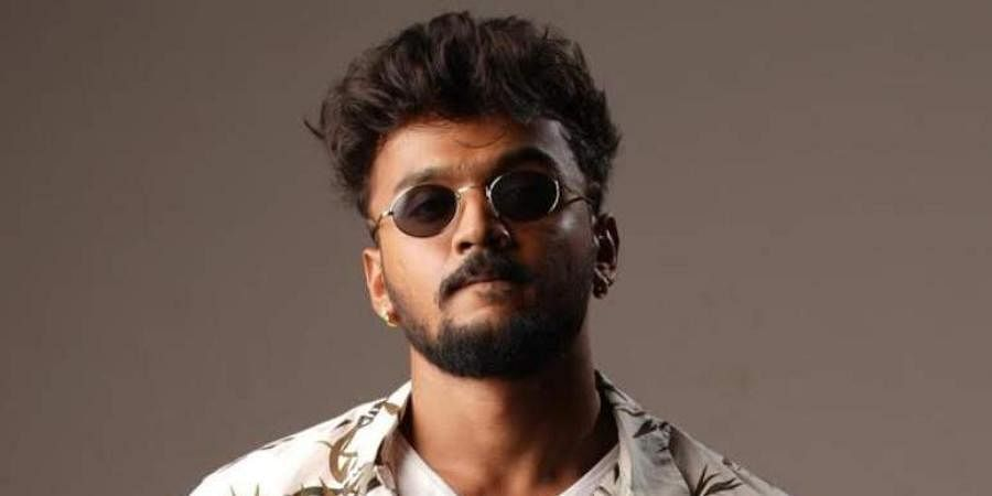 'Bumper' is Dhanveerah's second film after his debut 'Bazaar'.