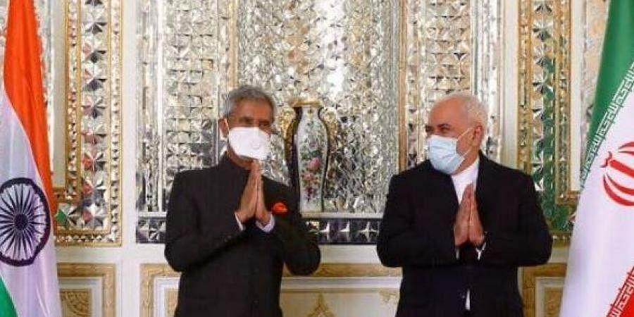 External Affairs Minister S Jaishankar (L)  with Iranian counterpart Mohammad Javad Zarif (R) in Tehran.