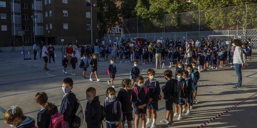 After six months with all Spanish schools closed by crisis of COVID-19 the school year has started with new rules.