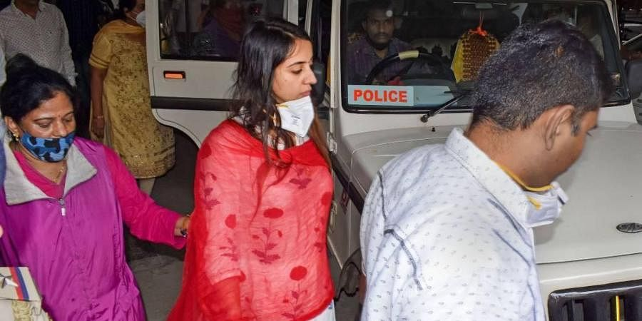 Kannada actress Sanjjanaa Galrani being detained in connection to a probe by Central Crime Branch in the alleged drug abuse case.