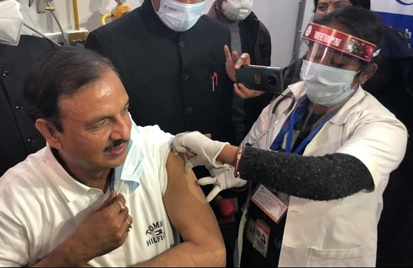 BJP leader Mahesh Sharma among first lawmakers to get COVID-19 vaccine