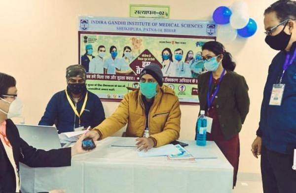 IGIMS employee, ambulance driver becomes first twoto receive COVID-19 vaccine in Bihar