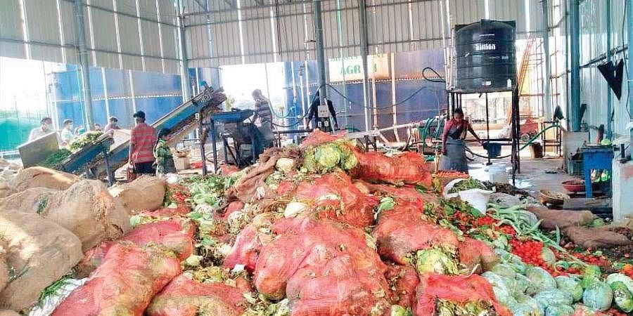 Vegetable waste at the Bowenpally market being converted into biofuel