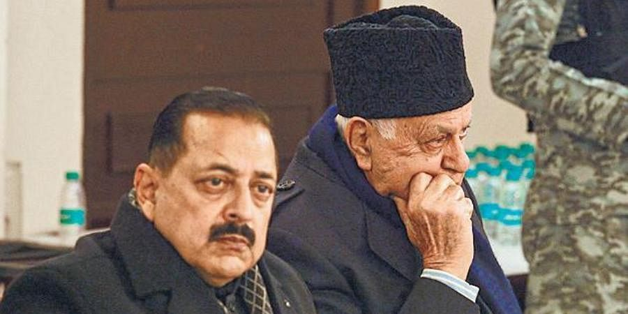 Farooq Abdullah (R) and MoS Jitendra Singh during the discussion.