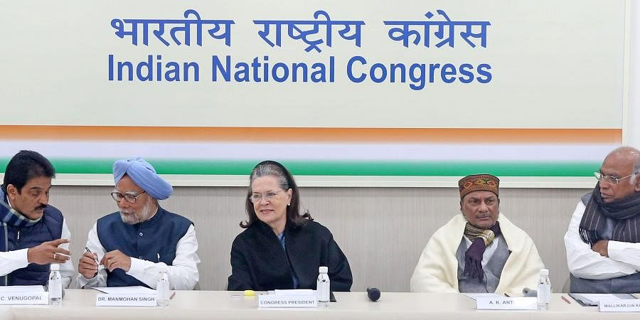 Congress interim president Sonia Gandhi, former PM Manmohan Singh, party leaders Mallikarjun Kharge, AK Antony, Priyanka Gandhi and others at the Congress Working Committe meeting at the party headquarters in New Delhi on Saturday