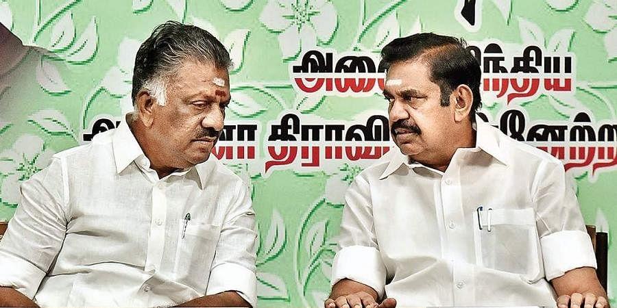 Tamil Nadu Depuy CM O Panneerselvam and CM Edappadi K Palaniswami. (File Photo | P Jawahar, EPS)