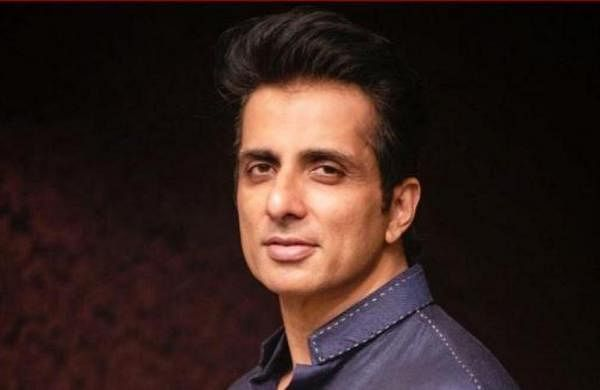 Illegal construction: Bombay HC rejects Sonu Sood's plea against BMC notice