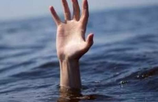 Joy trip turns tragic as youth and two teenage girls drown ... on Small:zikqrscfop8= Teenage Girls  id=20328