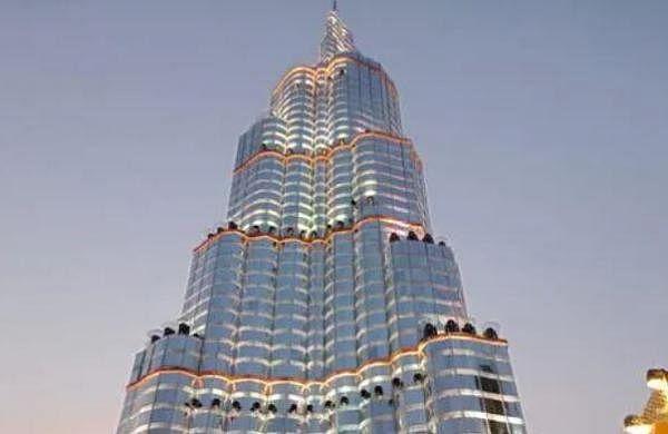 Kolkata Police make'Burj Khalifa' Durga Puja pandal out of bounds to people amid COVID concerns