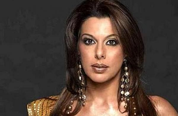 Pooja Bedi tests positive for COVID-19, says staying unvaccinated her 'personal decision'