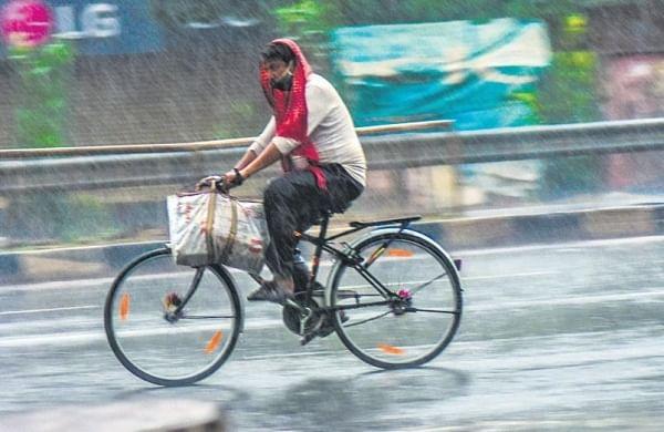 Incessant rains lash Uttarakhand; Chardham yatra halted temporarily