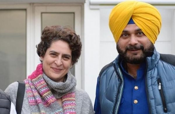 Navjot Singh Sidhu's silence on withdrawal of resignation puzzles Congress leaders