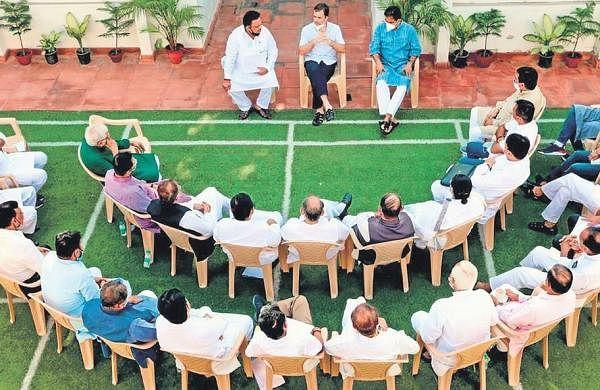 Rahul focuses on consensus candidate, Gujarat Congress revamp