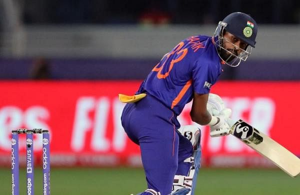 T20 World Cup 2021, India vs Pakistan: Hardik Pandya injures shoulder while batting