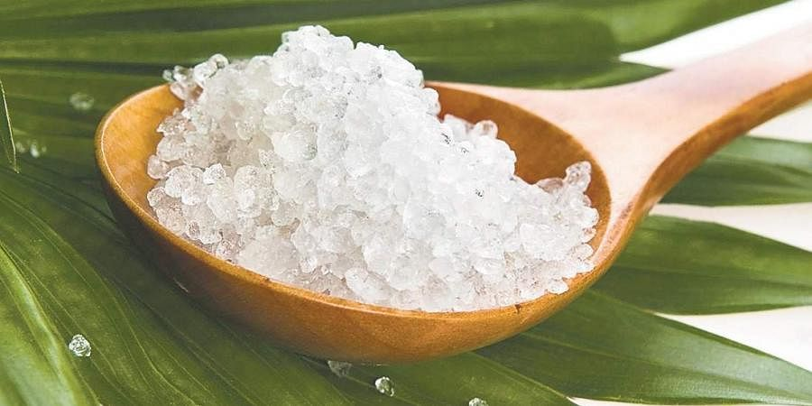 Dead sea salts and muds are rich in more than 21 minerals such as sodium, potassium, magnesium, calcium, strontium, etc to name a few.