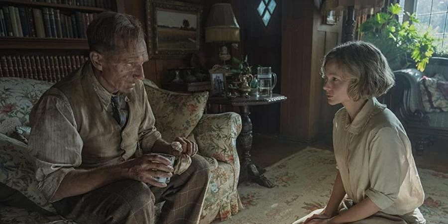 Ralph Fiennes and Carey Mulligan in a still from 'The Dig'