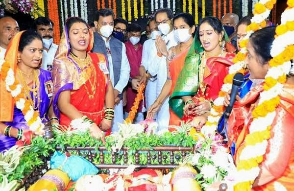 MaharashtraCM visits Shivneri on Shivaji Maharaj's birth anniversary