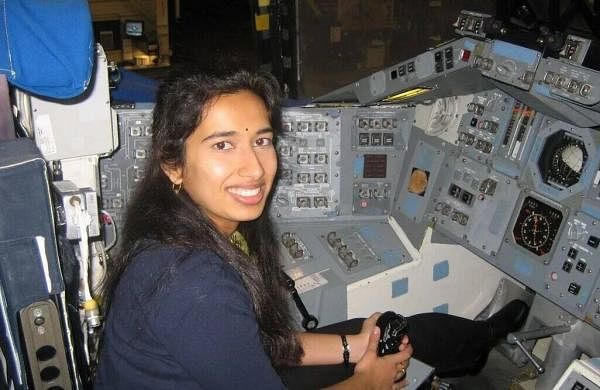 Meet Swati Mohan, the Indian-originscientist who helped NASA land rover on Mars- The New Indian Express