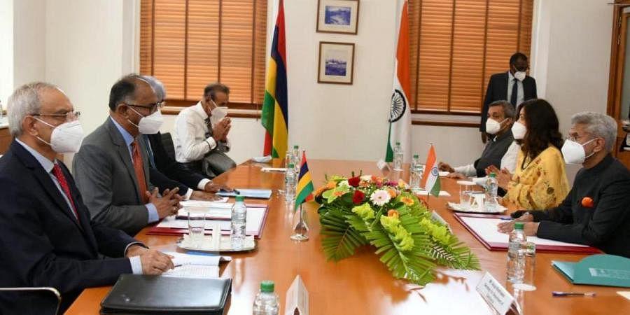 External Affairs minister S Jaishankar (R) meets his Mauritius counterpart M Alan Ganoo
