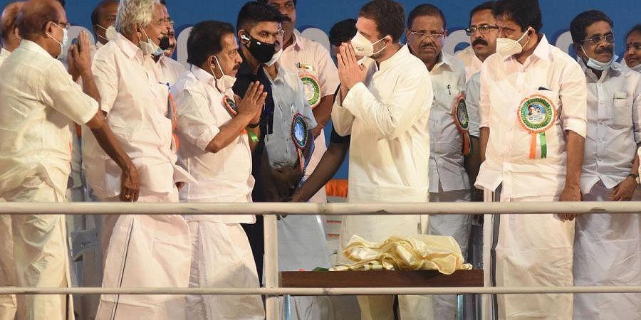 Rahul Gandhi, MP, greets Opposition Leader Ramesh Chennithala at the valedictory function of Congress' Aishwarya Kerala Yatra at Shanghumukham in Thiruvananthapuram. (Photo | B P Deepu, EPS)