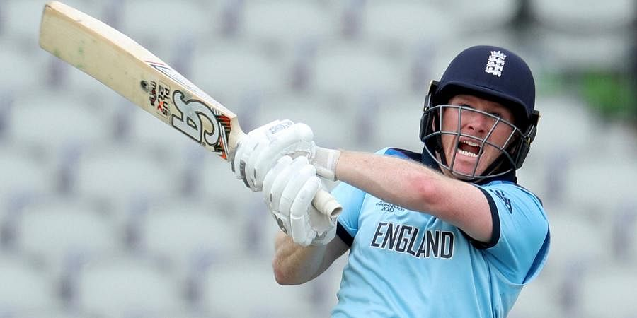 NAME: Eoin Morgan   TEAM: England   MATCHES: 97   INNINGS: 93   TOTAL RUNS: 2278   HIGHEST SCORE: 91   100s: 0   50s: 14   AVERAGE: 30.37   STRIKE RATE: 138.99   SIXES: 113