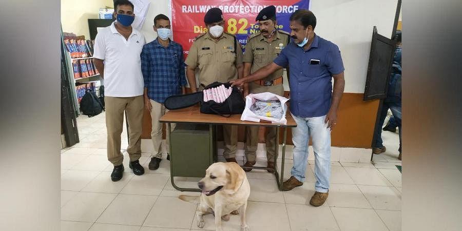 Explosives seized from Chennai - Mangalore super fast express train at Kozhikode railway station. (Photo | Manu R Mavelil, EPS)