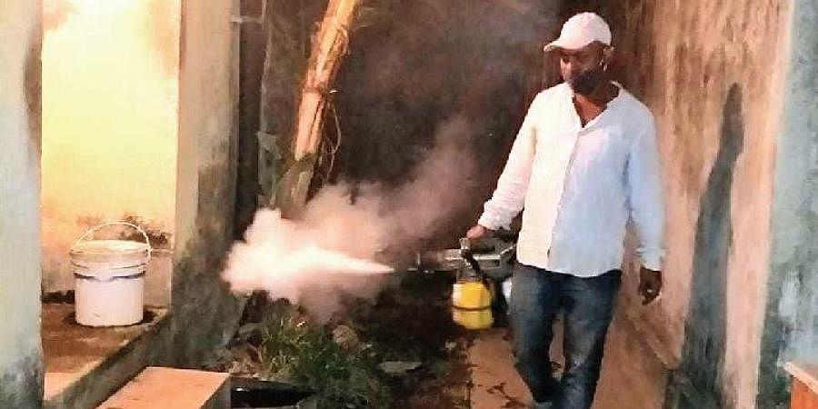 Mosquito Smoke Machine