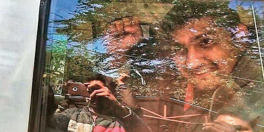Freelance Journalist Mandeep Punia who was arrested by Delhi police from the farmers protest has been granted bail.