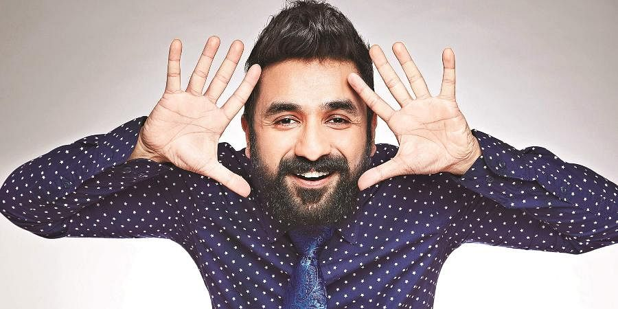 Stand up comedian Vir Das said he was amazed to see how Indians got 'mobilized' over a tweet by Rihanna and Thunberg.