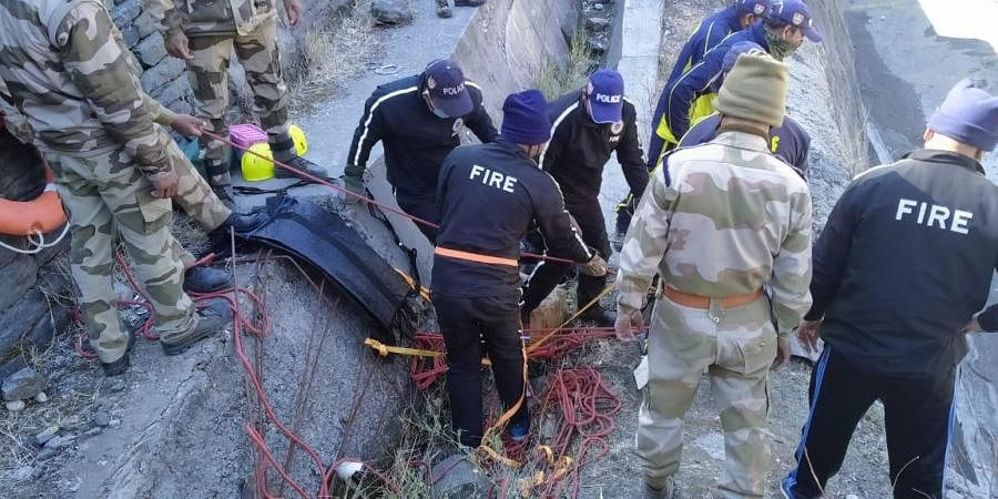 The response teams evacuating people in designated danger zone.(Photo | Special Arrangement)