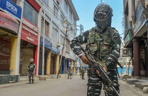 Three attacksin 20 days, noend of violencein Srinagar