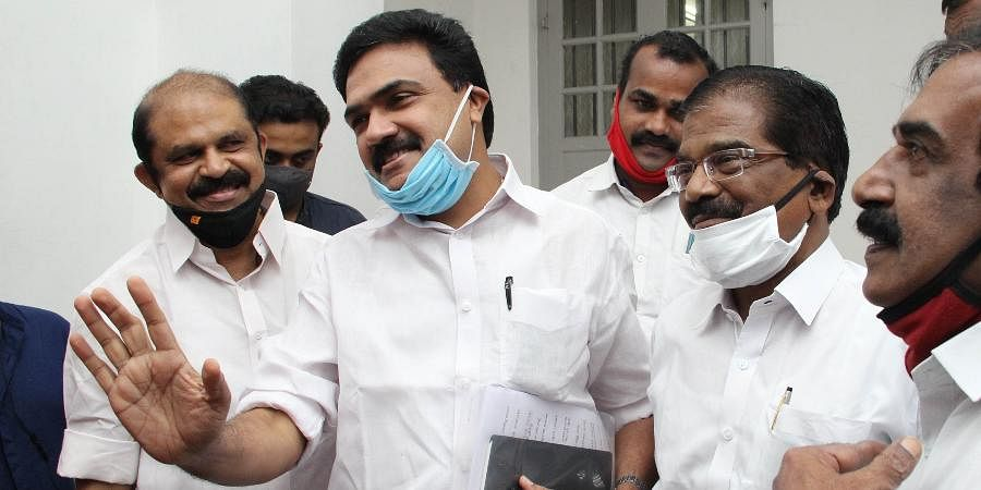 Kerala Congress(M) leaders Jose K Mani, Thomas Chazhikadan, MP, and N Jayaraj, MLA, share a light moment before meeting mediapersons at the party headquarters in Kottayam. (Photo | Vishnu Prathap, EPS)