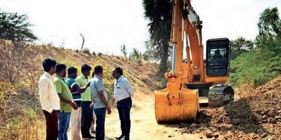 The contractor from taking up Mallannasagar reservoir works in Siddipet
