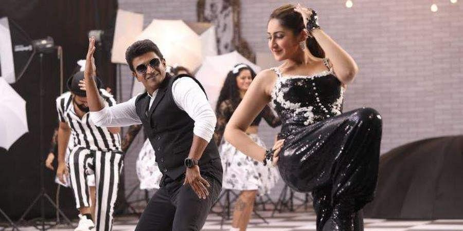 A still from Puneeth Rajkumar and Sayyeshaa-starrer 'Yuvarathnaa'.
