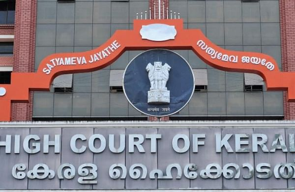 HC asks vigilance to complete corruption probe against Controversial Kerala IAS officer
