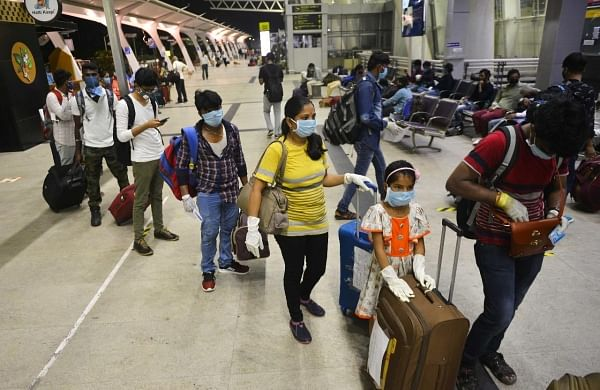 COVID-19: Airlines asked not to serve meals on-board in flights with duration under 2 hours