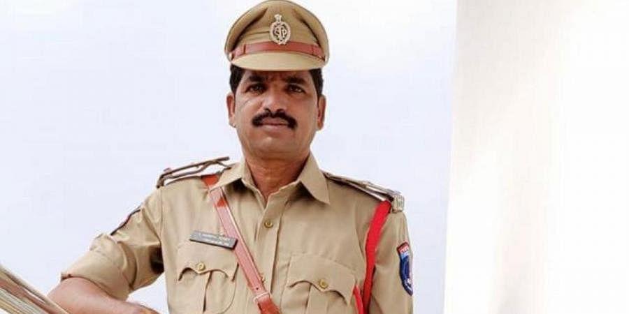 ASI Mahipal Reddy of KPHB police station