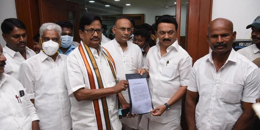 After week-long drama, Congress finalises poll-pact with DMK in Tamil Nadu;  to contest in 25 seats- The New Indian Express