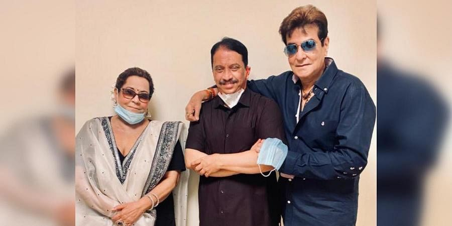Veteran actor Jeetendra (R) and his wife Shobha Kapoor after taking the COVID vaccine