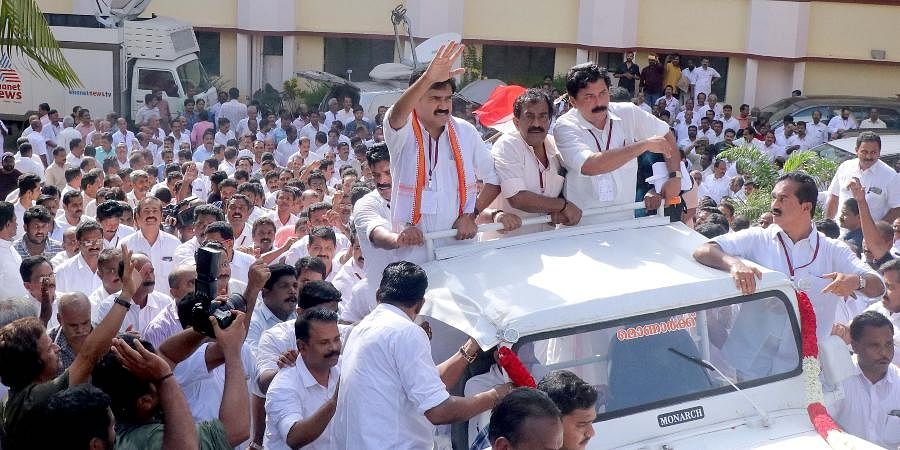 Jose K Mani wishing KC (M) followers, while heading to party headquarters in an open jeep to take charge after being elected as the party chairman in a state committee called by the Jose faction members in Kottayam - Express Photo by Vishnu Prathap.