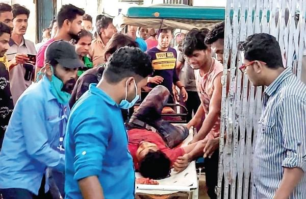 Five killed, fourin CISF firing, on bloody Bengal poll day