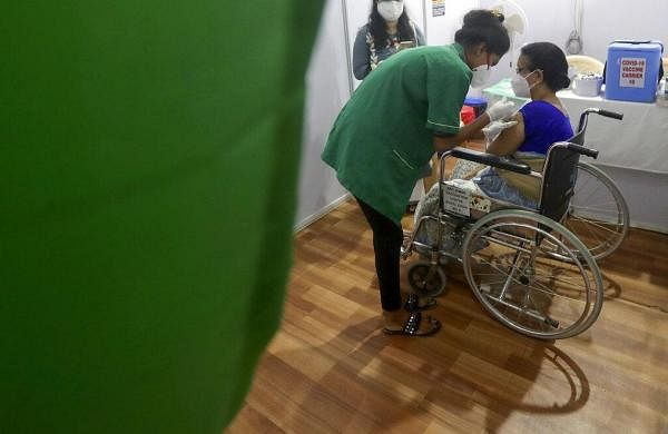 Vaccination to resume at 62 private hospitals in Mumbai on Monday as Maharashtra recieves fresh doses