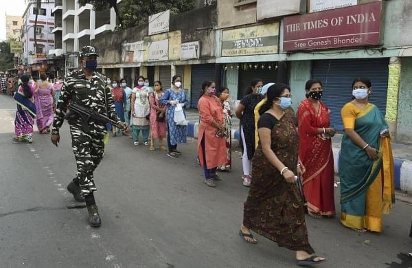 Sporadic violence, alleged booth captures markfifth phase of Bengal polls