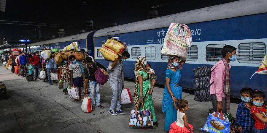Railwaystation_PTI06